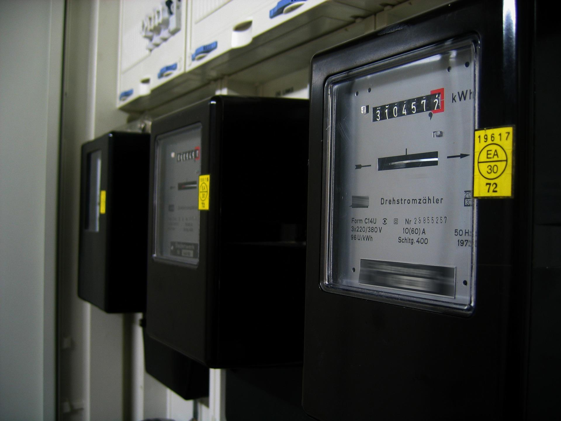 איך מחשבים חשבון חשמל?