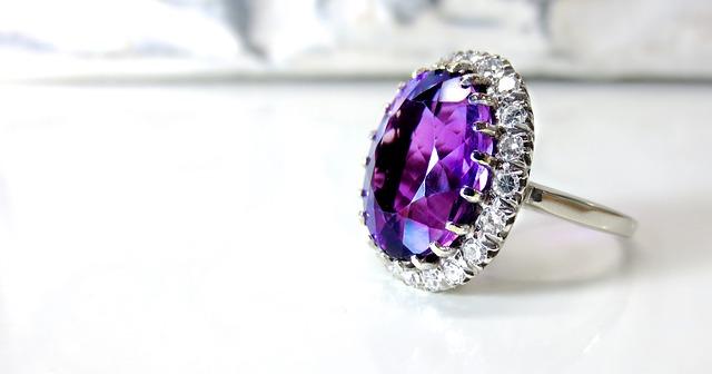 איך בוחרים טבעת אירוסין