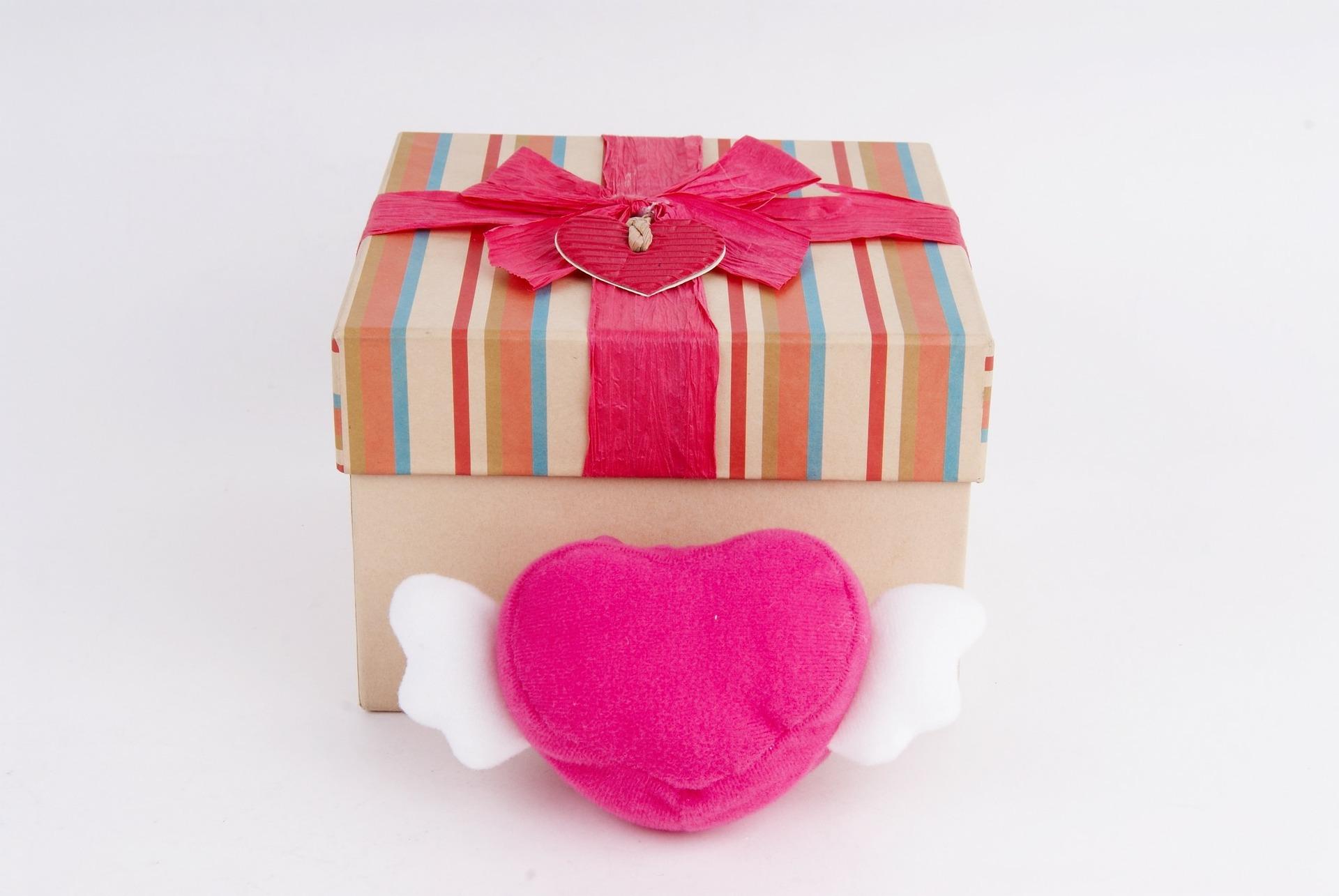 איך לבחור מתנה לבני הזוג?