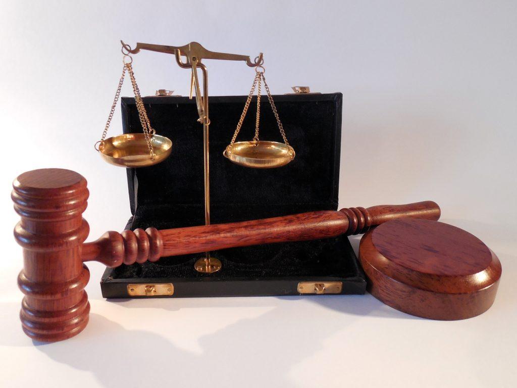 איך להגיש תביעה למימוש זכויות רפואיות?